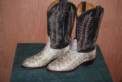 Toll Free 877 313 0675 For Vintage Cowboy Boot Resoration